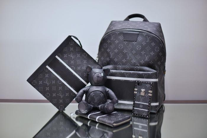 Louis Vuitton 101 Fragment Design
