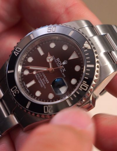 Watches 101: Reviewing The Rolex Submariner with Joey of @TheWristWatcher_