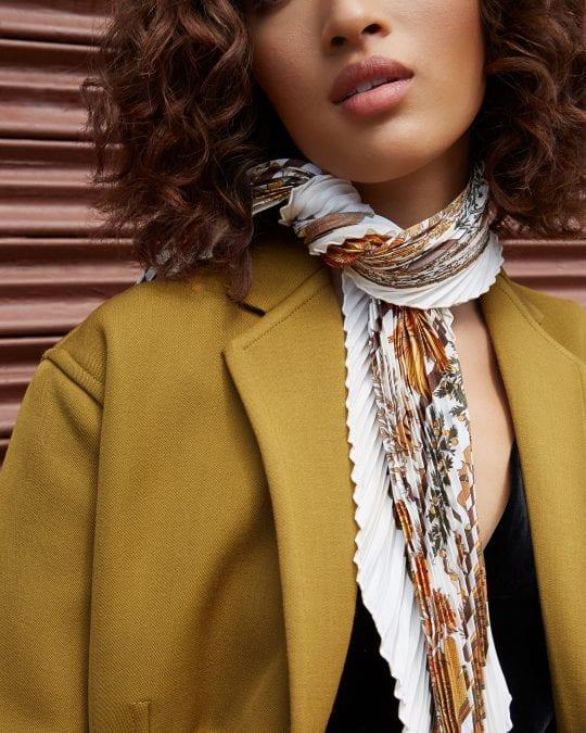 Hermès 101: How to Tie an Hermès Scarf