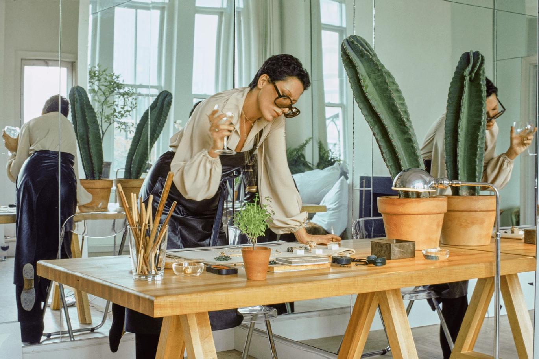 Elsa Peretti in her studio in 1974 by Duane Michals.