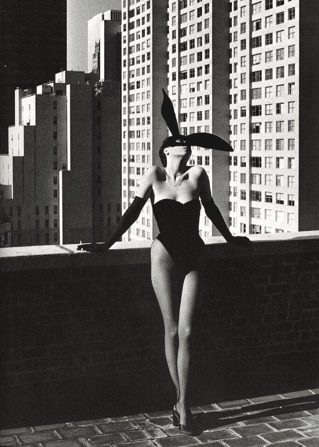 Elsa Peretti by Helmut Newton in 1975.