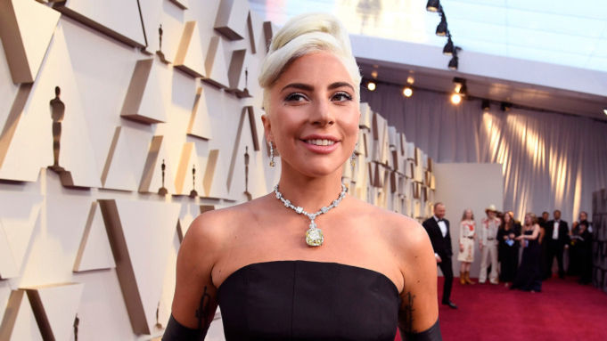 Lady Gaga in the Tiffany Diamond on the red carpet at the 2019 Oscar Awards.