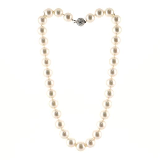 South Sea Strand Necklace Cultured Pearls with Platinum and Diamonds